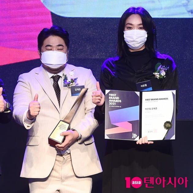 [TEN 포토] 강재준-이은형 '베스트커플상 수상'