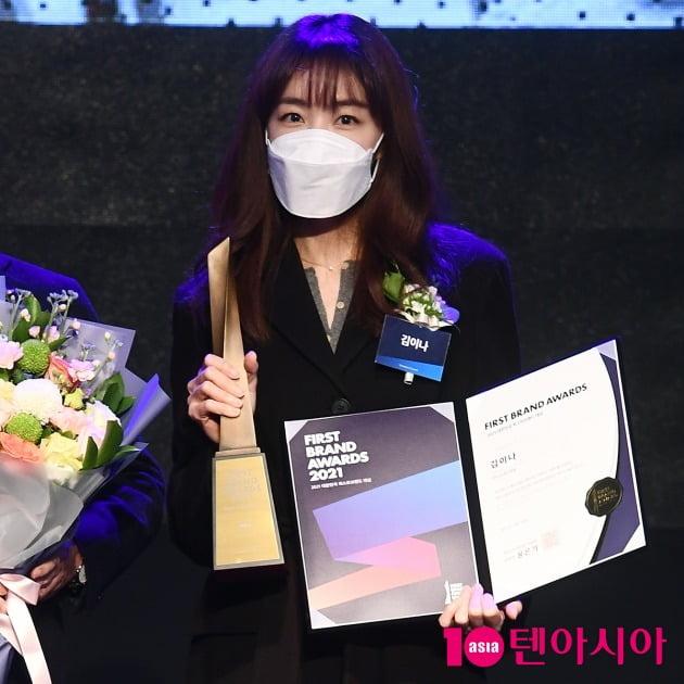 [TEN 포토] 김이나 '라디오 DJ상 수상'