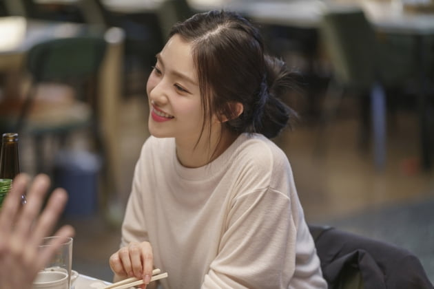 영화 '더블패티'의 아이린(배주현)./ 사진제공=KT