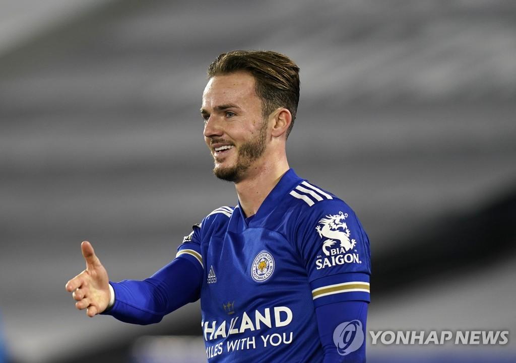 레스터, 리버풀 제치고 EPL 2위로…사우샘프턴에 2-0 승리