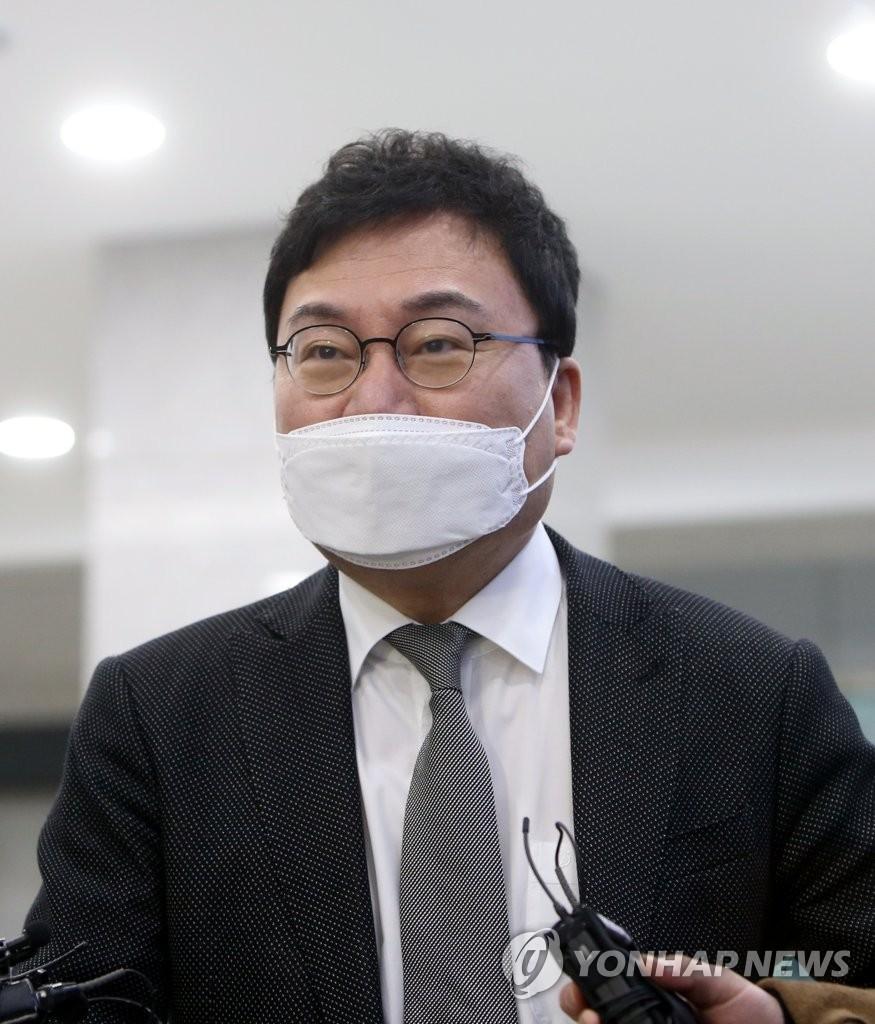"""""""선거범죄 종합백과""""…이상직 의원 징역 3년6개월 구형받아(종합)"""
