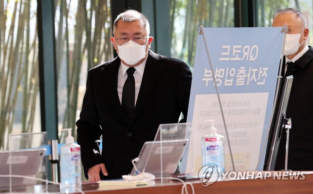 '정주영 동생' 정상영 빈소 추모행렬…현대家 잇따라 조문