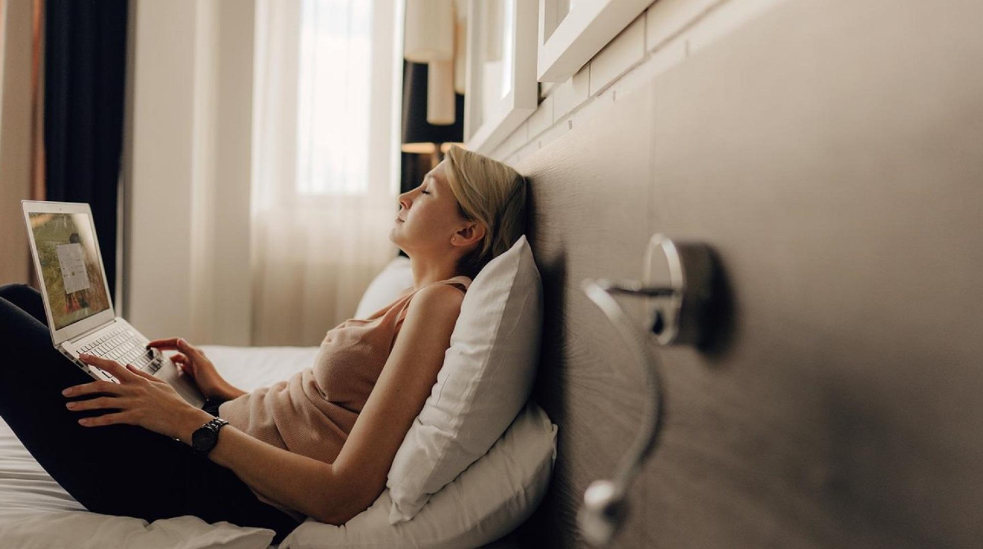 """[프리뷰] """"재택근무 호텔에서 하세요""""…휴식 대신 '일상' 공략한 호텔들"""