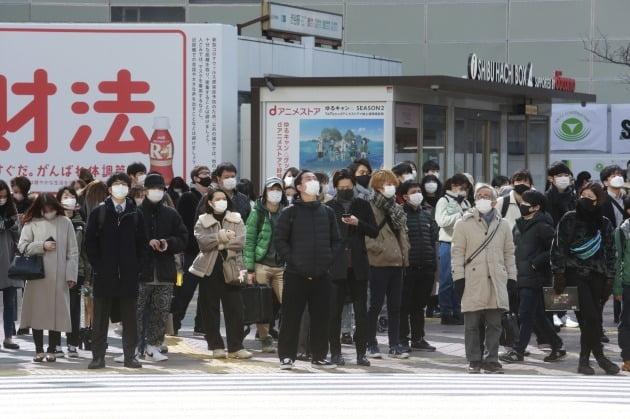 일본 정부, 우연히 1,200 만 개의 화이자 백신 폐기