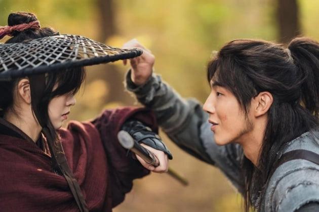 /사진=KBS 2TV 새 수목드라마 '달이 뜨는 강' 스틸