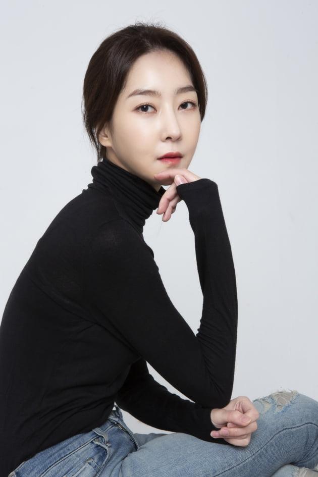 배우 김제인, 와이콘엔터테인먼트와 전속계약