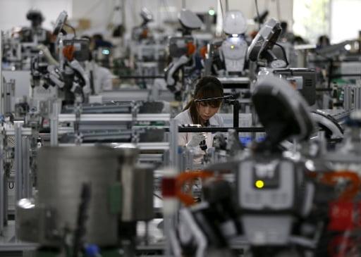 로봇 도입, 오히려 고용 늘린다