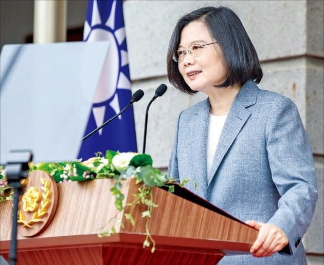 차이잉원 대만 총통이 지난해 5월 재선에 성공해 취임연설을 하고 있는 모습./ 연합뉴스