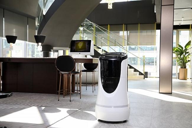 L7 강남, 딜리버리 로봇 서비스 도입…비대면 주문으로 24시간 편리하게