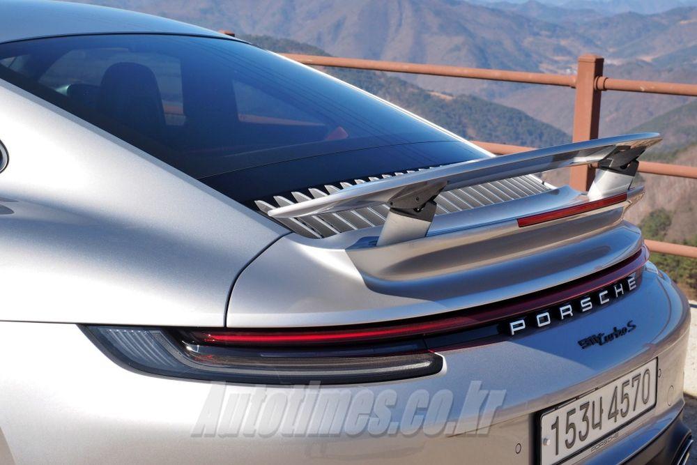 [시승]경이로운 실력, 포르쉐 911 터보 S