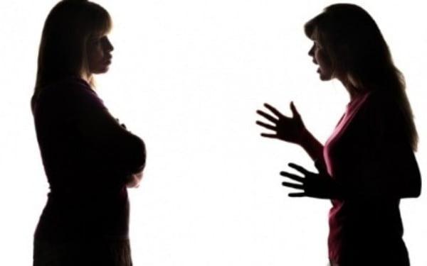 집행유예 기간동안 대중교통과 다중이용시설에서 이른바 '묻지마 폭행'을 저지른 30대 여성이 철창신세를 지게됐다. 사진은 기사와 무관함. /사진=게티이미지뱅크