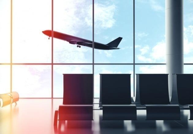 저비용항공사(LCC) 에어부산은 오는 24일 항공권 운임이 5만원도 채 안되는 '초특가 무착륙 국제관광비행' 행사를 준비했다고 18일 밝혔다. 사진=게티이미지뱅크