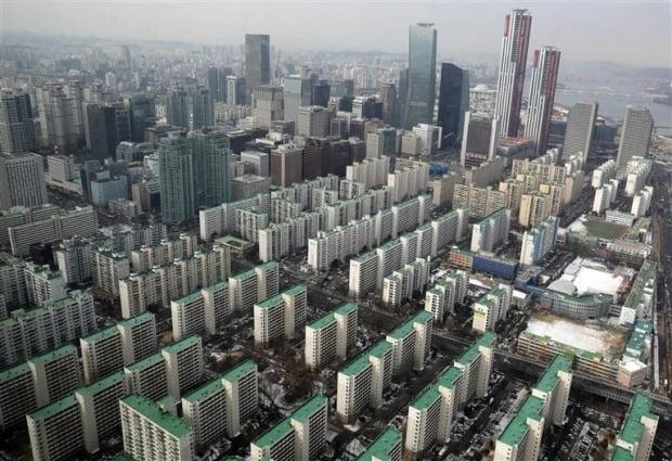 서울 여의도 아파트 단지들 전경. / 자료=뉴스1