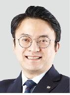 한국전력, 전기요금 개편으로 전환점 마련…친환경에너지 사업이 관건