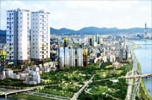 성수 더힐 센트럴파크뷰, 뚝섬·성수역 이용…강남까지 10분
