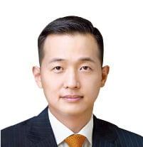 우주사업 無보수로 뛰는 김동관