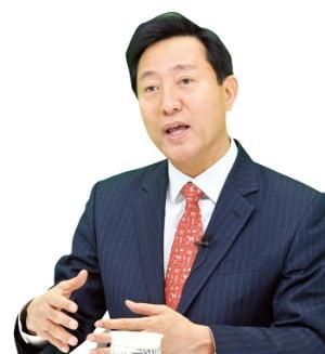 """오세훈 """"부동산은 심리…'공급 지속' 신호줘야 집값 잡힌다"""""""
