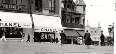 여성을 코르셋에서 해방한 샤넬…1차 대전 터지면서 간편 여성 유니폼 인기