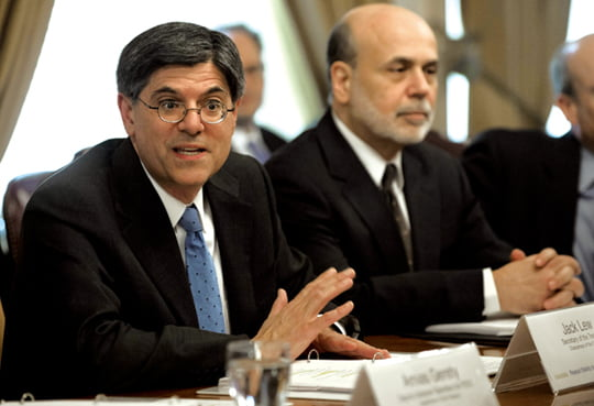 US Treasury Secretary Jack Lew speaks alongside Chairman of the Federal Reserve Ben Bernanke (R) during a Financial Stability Oversight Council (FSOC) meeting at the Department of Treasury in Washington, DC, February 28, 2013. The meeting  was Lew's first event after being sworn in as Treasury Secretary. AFP PHOTO / Saul LOEB../2013-03-01 08:25:15/