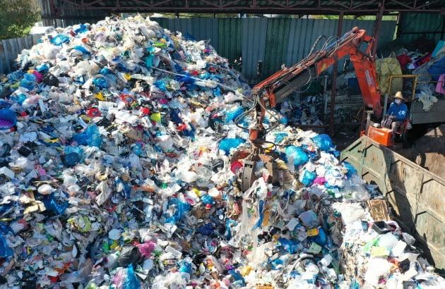 '쓰레기가 돈 된다'…건설사들이 폐기물 처리 사업에 뛰어드는 이유