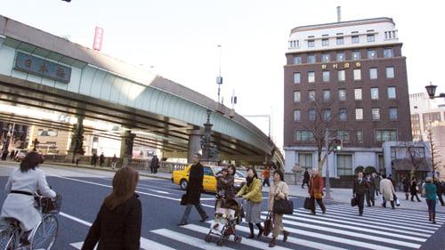 일본경제가 살아나고 있는 가운데 9일 도쿄 니혼바시 인근의 노무라증권 본사 /허문찬기자  sweat@  20060209