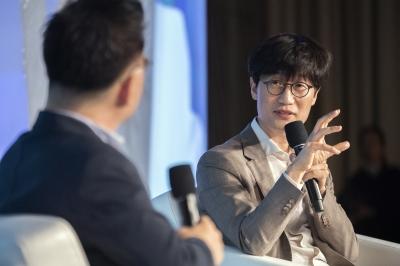 """""""왜 삼성보다 성과급 적나"""" CEO에 거침없는 돌직구…MZ세대의 반란"""