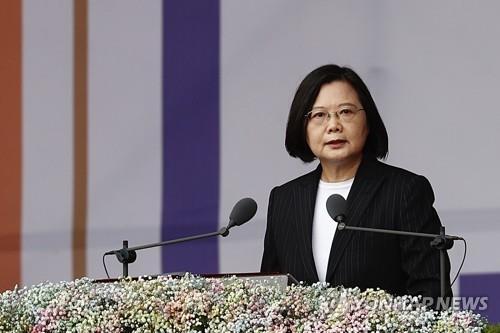 """대만 총통 일본어로 지진피해 日 위로…""""대만이 곁에"""""""