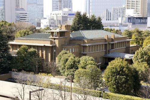 후쿠시마 지진 20분 후 출근 스가…공관 입주 기피 논란 재연