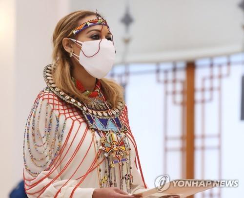 """""""미 국적 포기 못 해"""" 신임 주한 케냐대사, 의회와 충돌"""