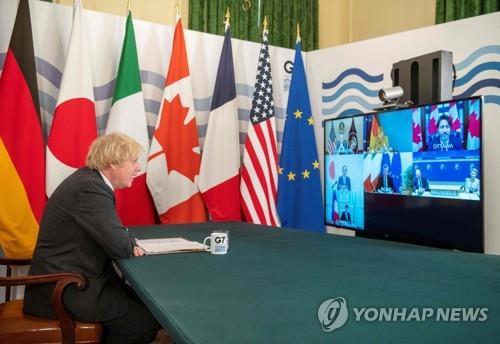 """""""환상적 움직임""""…유럽, '미국 복귀' 환영 속 안보자립 강조(종합)"""