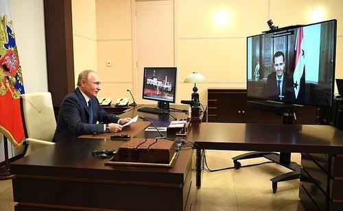 """""""러시아 공군, 시리아내 IS 근거지 대규모 공습…20여명 사살"""""""