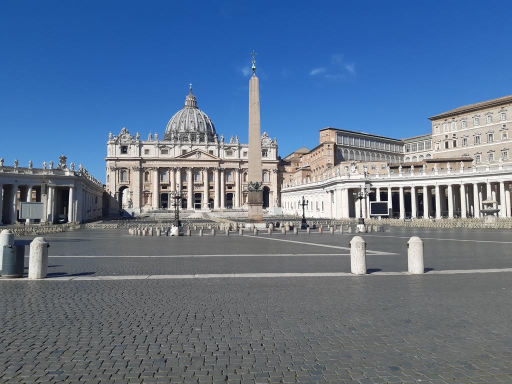 코로나19 여파에 올해도 교황청 재정 '빨간불'…666억 적자 전망