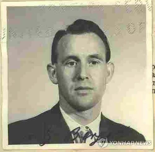 '침몰선에서 발견된 근무카드'…미, 95세 나치부역자 독일 추방