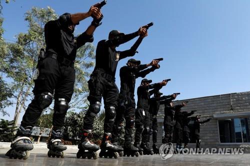 파키스탄 최대도시 카라치서 '인라인스케이트 경찰부대' 출범