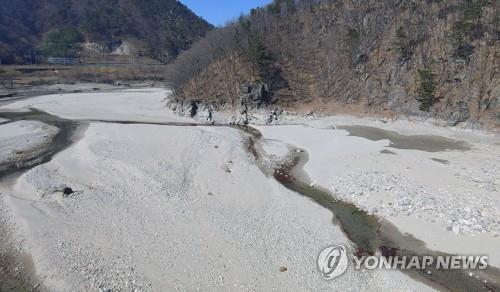 산불 '활활'·식수원 '뚝뚝'…강원 동해안 가뭄 장기화 고통