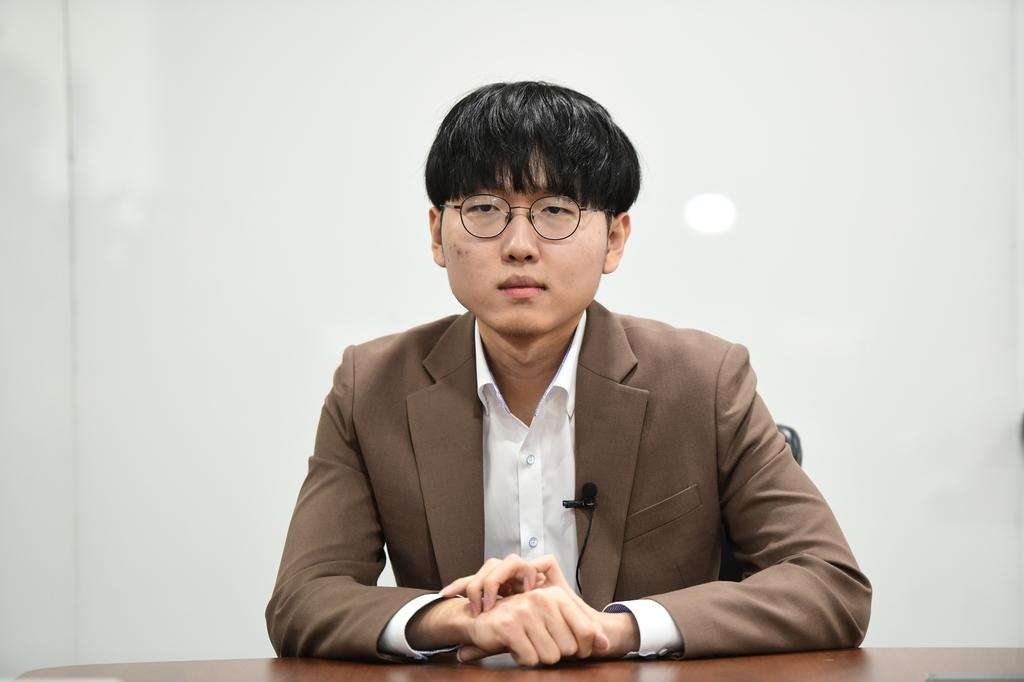 """농심배 1패·1패·5연승…신진서 """"박정환에게 마음의 짐 덜었다"""""""