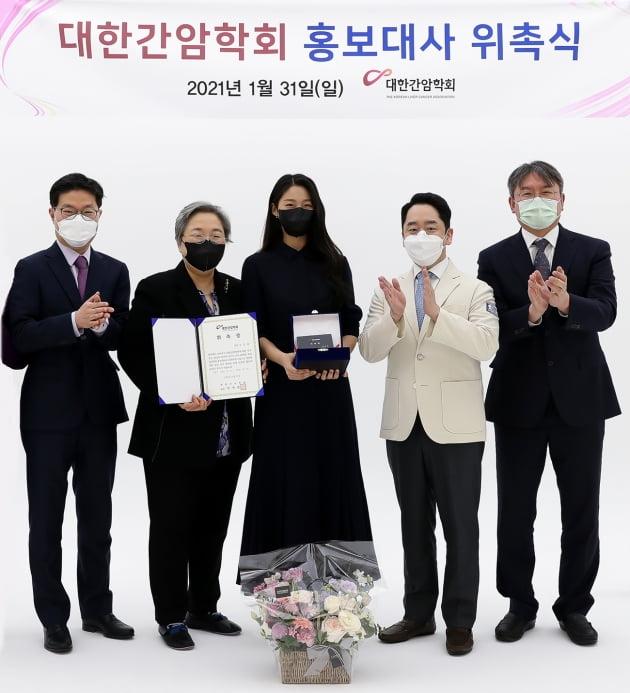 가수 겸 배우 설현. /사진제공=FNC엔터테인먼트