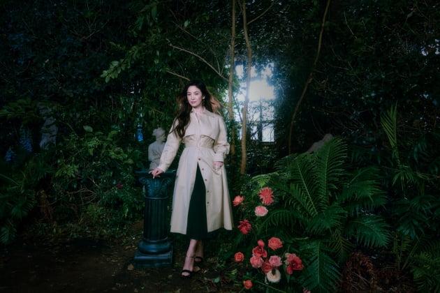 송혜교, 숲 속의 여신으로 변신…'예쁨 교과서'