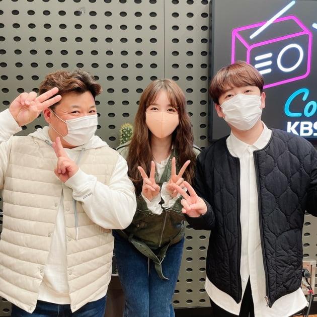 개그맨 윤정수(왼쪽부터), 배우 윤은혜, 개그맨 남창희. /사진제공=KBS