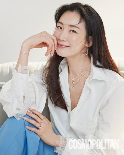 배우 최지우./사진제공=코스모폴리탄
