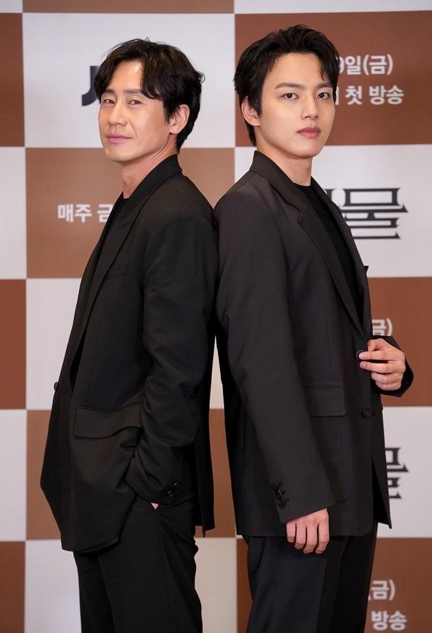 '괴물' 배우 신하균, 여진구./사진제공=JTBC
