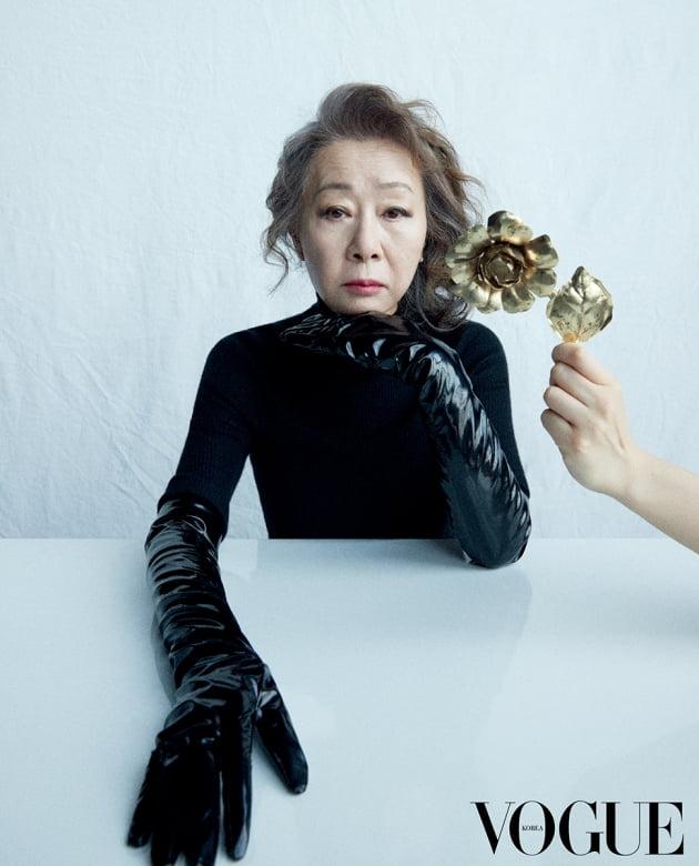 배우 윤여정 화보 / 사진제공=보그 코리아