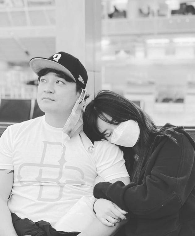 추신수(왼쪽)와 그의 아내 하원미씨./사진=인스타그램
