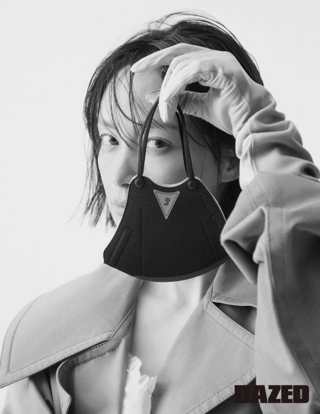배우 이나영 화보 / 사진제공=iLe, 데이즈드