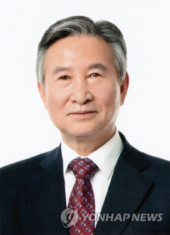 조폭 시켜서 기자 협박한 오영호 전 의령군수 징역형
