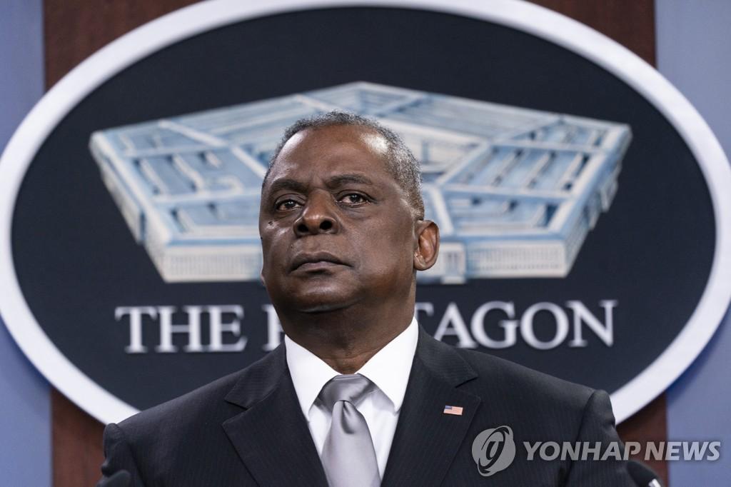 """미 국방장관 """"중국은 추격하는 도전…규범기초 국제질서 약화"""""""