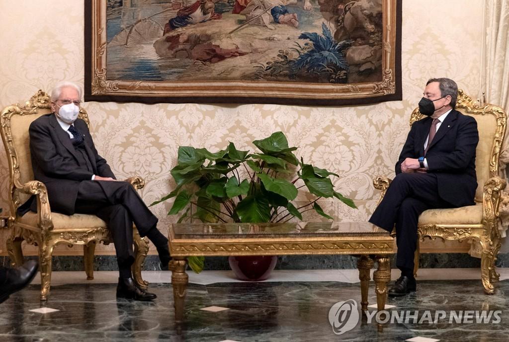 마리오 드라기 이탈리아 차기 총리 확정…13일 새 내각 취임(종합)