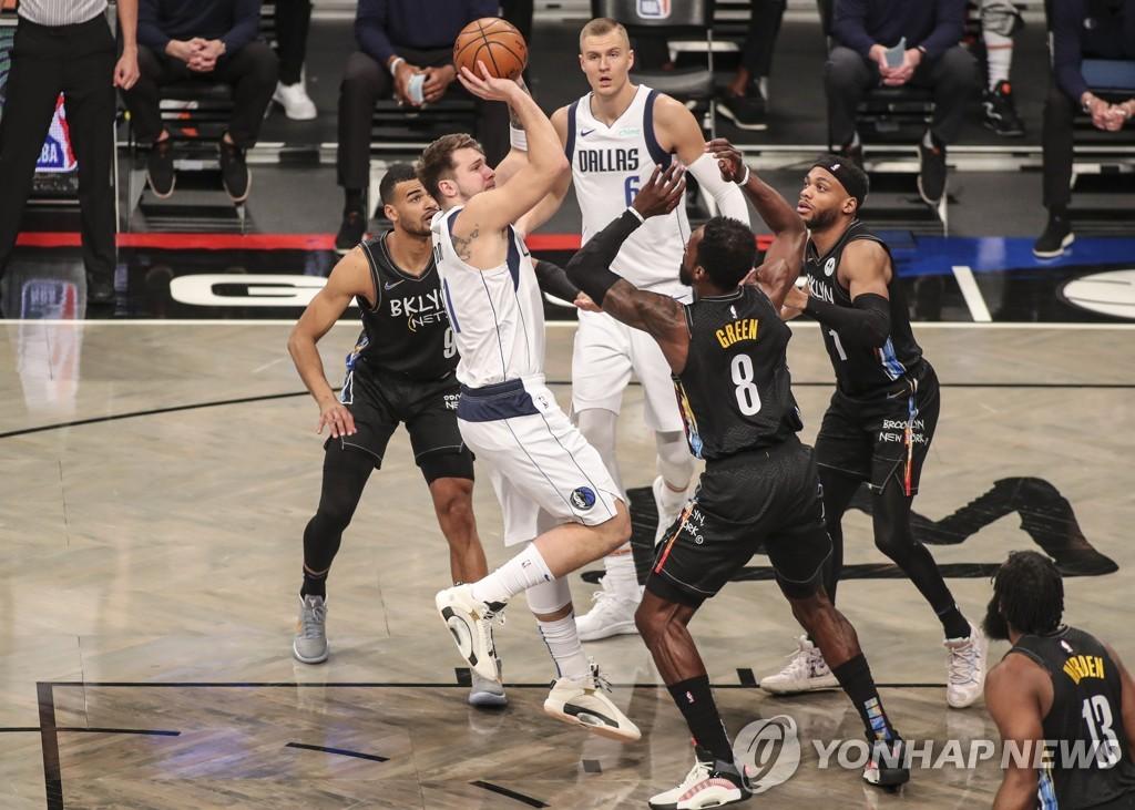 NBA 댈러스, '듀랜트·어빙 빠진' 브루클린의 9연승 저지