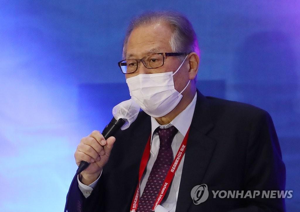 """정세현 """"개성공단, 남북이 함부로 못 하게 국제화시켜야"""""""