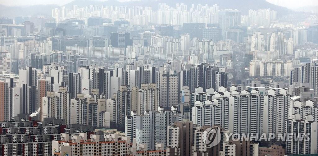 새 임대차法 이후 '반전세' 늘었다…무주택자 생활 더 팍팍